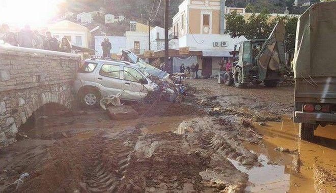 Σε κατάσταση εκτάκτου ανάγκης η Σύμη - Οι εικόνες της καταστροφής