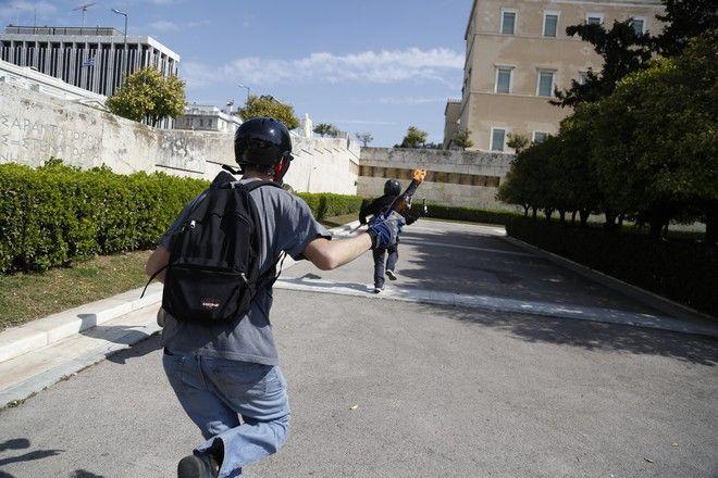 Μαθητικό συλλαλητήριο στην Αθήνα την Δευτέρα 6 Μαρτίου 2017. Οι μαθητές διαδηλώνουν κατά των συγχωνεύσεων σχολείων, κατά της κατάργησης ειδικοτήτων των ΕΠΑΛ, κατά των απολύσεων καθηγητών και της παραπαιδείας. (EUROKINISSI/ΣΤΕΛΙΟΣ ΜΙΣΙΝΑΣ)