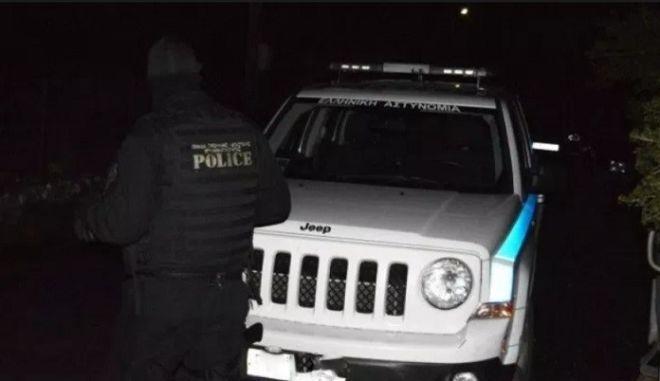 Ιωάννινα: Καταιγισμός πυρών - Νεκρός διακινητής, τραυματίας αστυνομικός