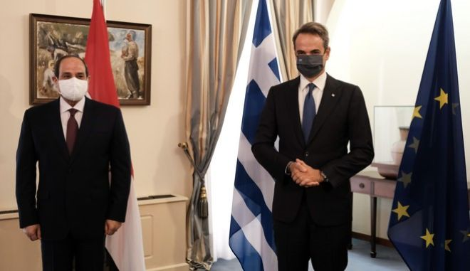Μητσοτάκης με Αλ Σίσι με φόντο τα 12 ναυτικά μίλια στην Κρήτη και με μηνύματα σε Ερντογάν