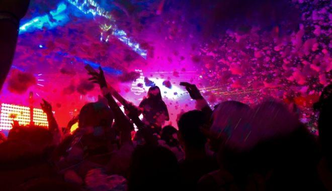 Στιγμιότυπο από πάρτι (φωτογραφία αρχείου)