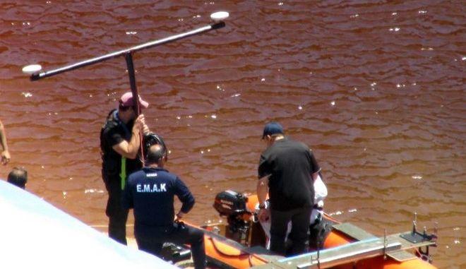 "Serial killer Κύπρου: Σε εξέλιξη οι έρευνες για τρίτη βαλίτσα στην ""Κόκκινη Λίμνη"""