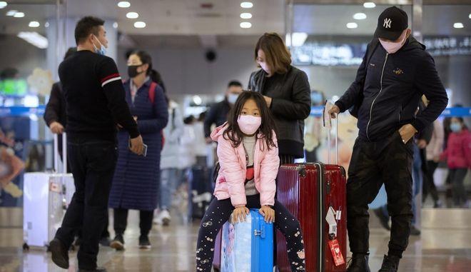 Έλεγχοι σε αεροδρόμιο της Ρώμης για τον κοροναϊό