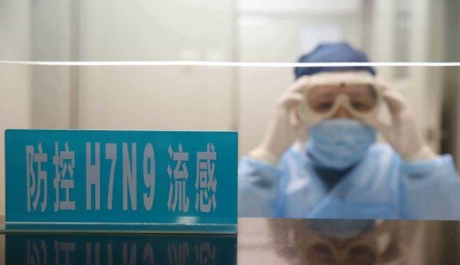 Το πρώτο θύμα παγκοσμίως από τη γρίπη των πτηνών