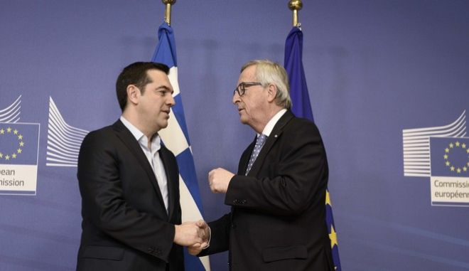 Γιούνκερ σε Τσίπρα: Το κοινωνικό κεκτημένο της ΕΕ εφαρμόζεται στην Ελλάδα