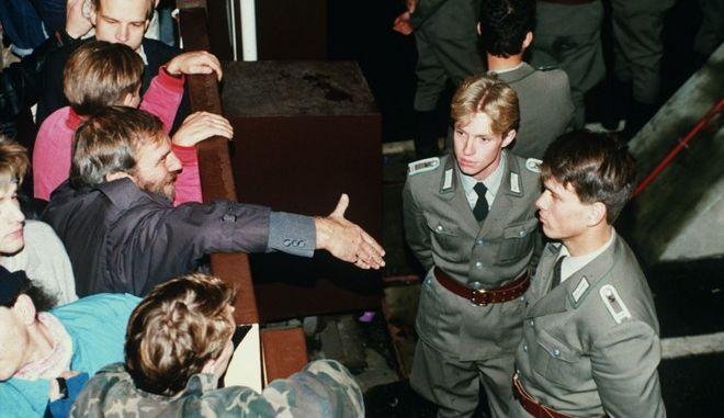 9 Νοεμβρίου 1989: 30 Χρόνια από την Πτώση του Τείχους του Βερολίνου