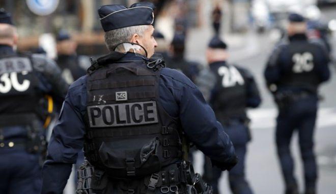 Νέα απόπειρα τρομοκρατικής επίθεσης στη Γαλλία - Εξουδετέρωσε έναν ένοπλο η αστυνομία