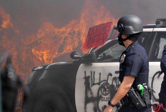 Διαδηλώσεις στο Λος Άντζελες για τη δολοφονία του Τζορτζ Φλόιντ
