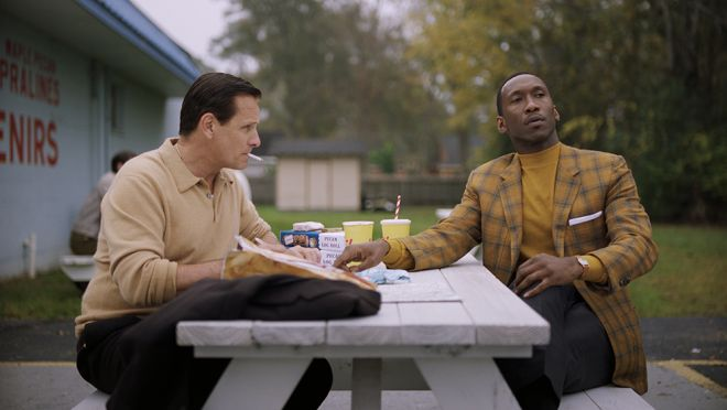 (L to R) VIGGO MORTENSEN and MAHERSHALA ALI star in Participant Media and DreamWorks Pictures'