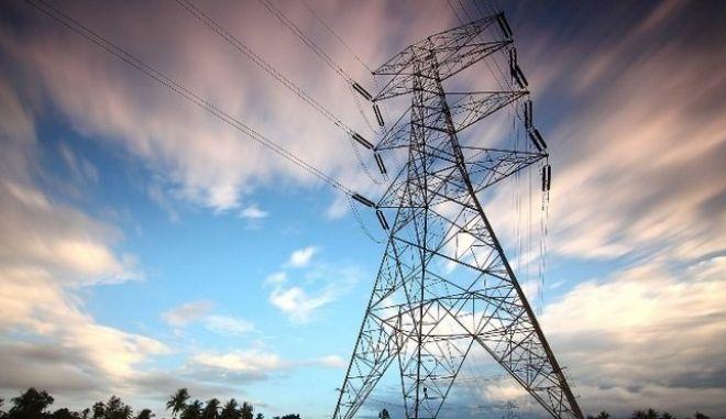 Πακέτο μέτρων του Υπουργείου Ενέργειας για μείωση του κόστους της ενέργειας