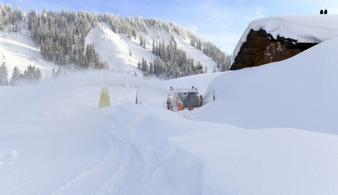 Βαριές χιονοπτώσεις στην Αυστρία τις προηγούμενες μέρες