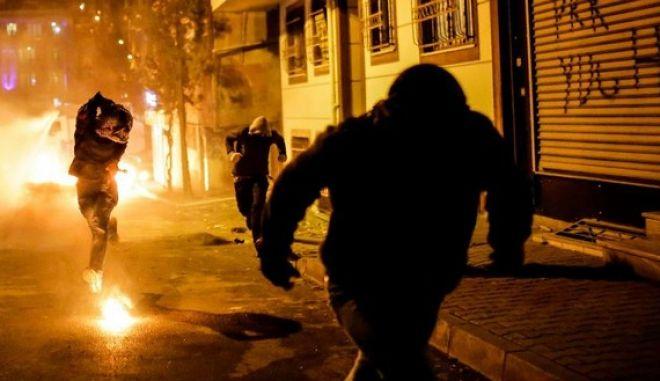 Κωνσταντινούπολη: Συγκρούσεις μεταξύ αστυνομικών και φιλοκούρδων διαδηλωτών