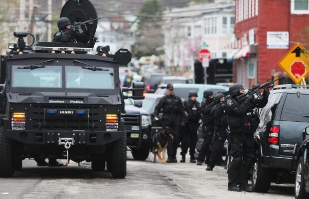 Βοστώνη: Αδέρφια από την Τσετσενία οι βομβιστές. Τα προκλητικά tweet του καταζητούμενου δράστη πριν τη σύλληψή του