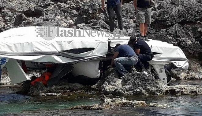 Σφακιά: Αυτοψία στο σκάφος για τα αίτια της τραγωδίας - Δύο αδέλφια κι ένας φίλος τους οι νεκροί