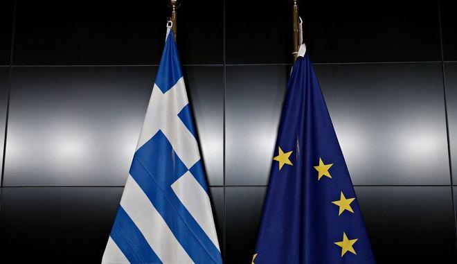 Το σωστό είδος Grexit: H Ελλάδα έχει ανάγκη από μία ευκαιρία να σταθεί μόνη της στα πόδια της