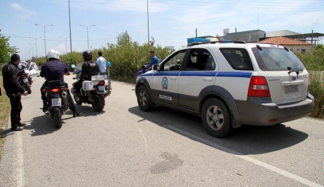 Ομαδική απόδραση από τα κρατητήρια της Αστυνομικής Διεύθυνσης Ηλείας στον Πύργο την Κυριακή 11 Μαΐου 2014. (EUROKINISSI/ILIALIVE.GR/ΓΙΑΝΝΗΣ ΣΠΥΡΟΥΝΗΣ)