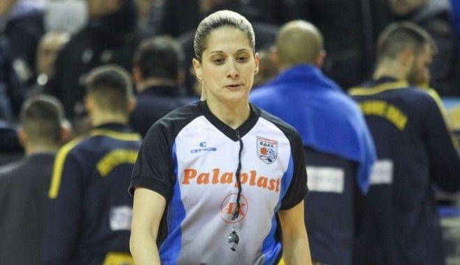 Τσαρούχα, η 1η Ελληνίδα διαιτητής που ορίστηκε σε αγώνα της EuroLeague