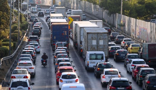 Κίνηση στους δρόμους: Κόλαση για τους οδηγούς στον Κηφισό - LIVE ΧΑΡΤΗΣ