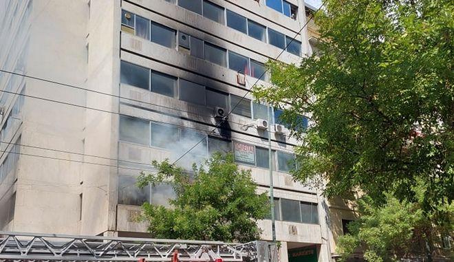 Φωτιά σε κτίριο στην 3ης Σεπτεμβρίου