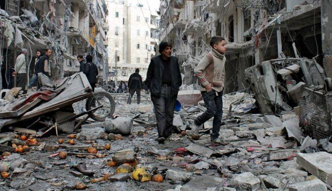 5 χρόνια πόλεμος στη Συρία: 270χιλ νεκροί, εκατομμύρια πρόσφυγες και μια χώρα ερειπωμένη
