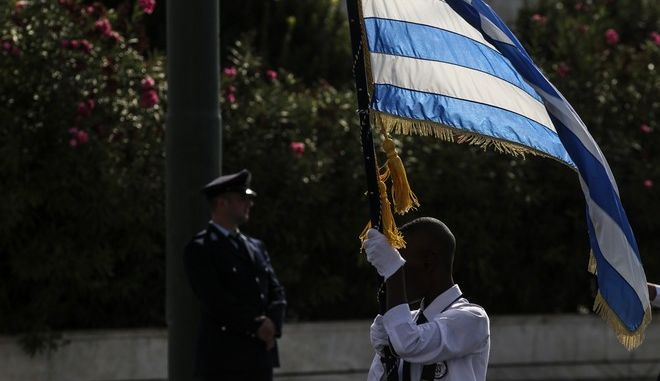 Students parade commemorating Greece's entry in World War II in 1940, in Athens, on October 28, 2017. /        28     28  2017.