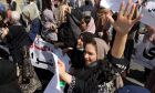 Αφγανές γυναίκες διαδηλώνουν στην Καμπούλ