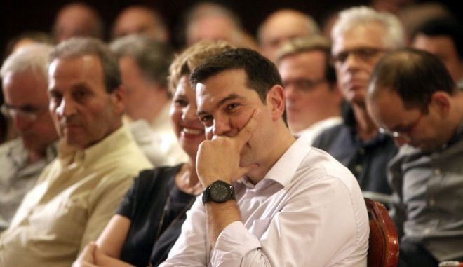 Ο πρόεδρος του ΣΥΡΙΖΑ Αλέξης Τσίπρας στην εκδήλωση της ΚΟ του κόμματος με σκοπό να συγκροτηθεί ένα πλατύ παλλαϊκό κοινωνικό μέτωπο για την αποτροπή της ιδιωτικοποίησης της ΔΕΗ. (EUROKINISSI/ΓΕΩΡΓΙΑ ΠΑΝΑΓΟΠΟΥΛΟΥ)