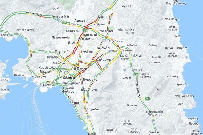 Κίνηση στους δρόμους: Κυκλοφοριακό κομφούζιο λόγω βροχής