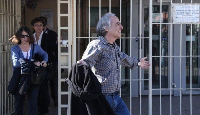 Κώστας Μπακογιάννης: Η πρώτη αντίδραση για τη νέα άδεια Κουφοντίνα