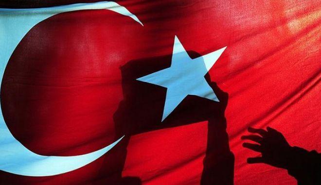 Τουρκία: Έκλεισαν οι κάλπες για την ανάδειξη των 550 βουλευτών της εθνοσυνέλευσης