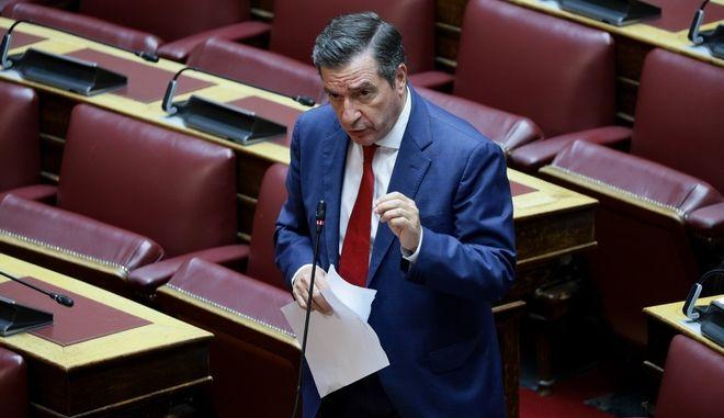 Ο Γιώργος Καμίνης στη Βουλή