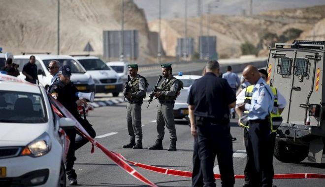 Παλαιστίνιος σκότωσε τρεις ισραηλινούς αστυνομικούς στη δυτική όχθη