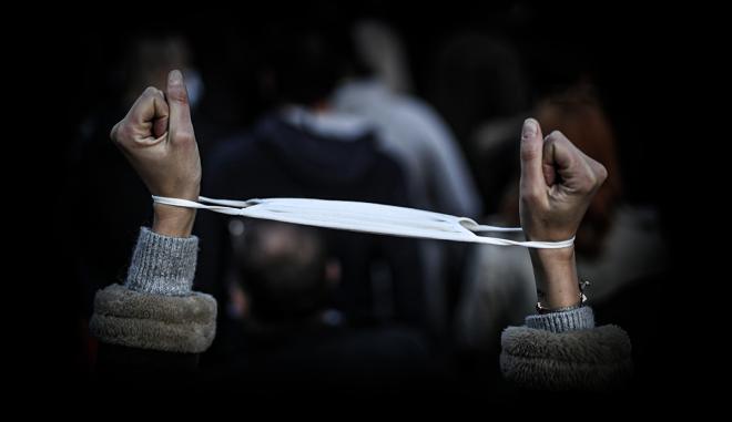 Έρευνα 20/20: Πώς νιώθουν οι Έλληνες μετά από ένα χρόνο μάχης με τον κορονοϊό