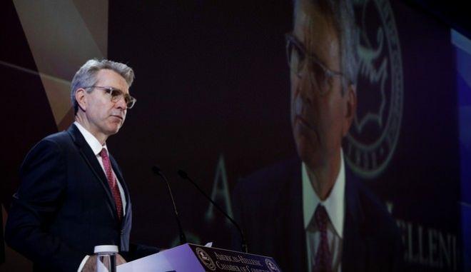 Ο Τζέφρι Πάιατ στο συνέδριο του Ελληνοαμερικανικού συνδέσμου