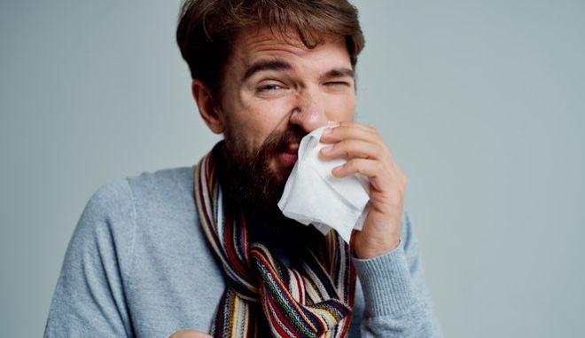 Οι δακρυϊκοί (ή ρινοδακρυϊκοί) πόροι είναι -ας πούμε- σωλήνες στο άνω και το κάτω βλέφαρο, που απομακρύνουν τα δάκρυα από τα μάτια. Aυτό ωστόσο, δεν γίνεται πάντα.