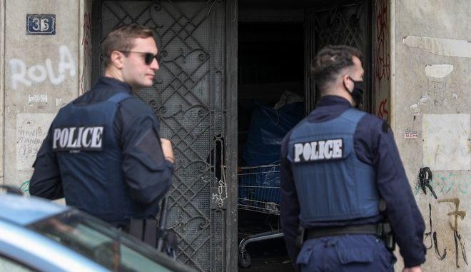 Παρέμβαση της αστυνομίας σε κτίριο στο Μεταξουργείο