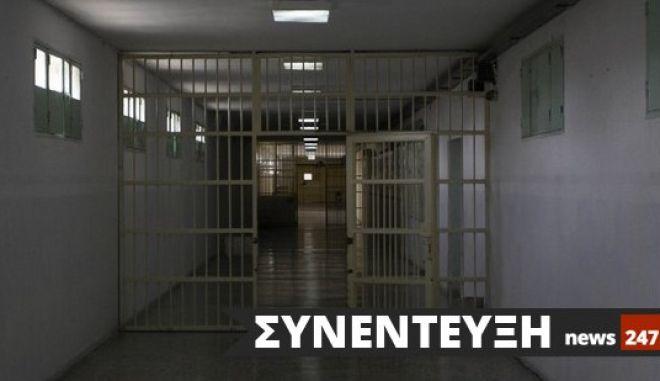 Αλήθειες και ψέματα για την καθημερινότητα του Χριστόδουλου Ξηρού στις φυλακές