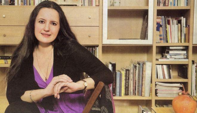 """Η ποιήτρια Ιουλίτα Ηλιοπούλου στην εκπομπή """"Πεζοί στον αέρα"""""""