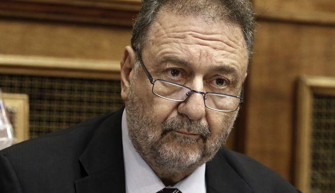 Ο Υφυπουργός Οικονομίας και Ανάπτυξης, Στέργιος Πιτσιόρλα, στη Βουλή
