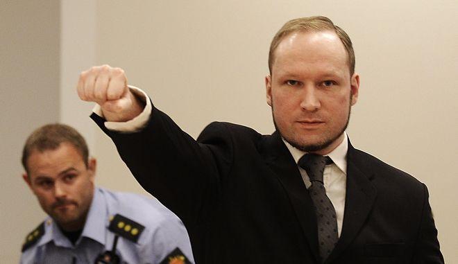 Ο μακελάρης της διπλής επίθεσης του 2011 στο Όσλο, Άντερς Μπέρινγκ Μπράιβικ