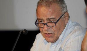 Ο καθηγητής Σταύρος Τσακυράκης