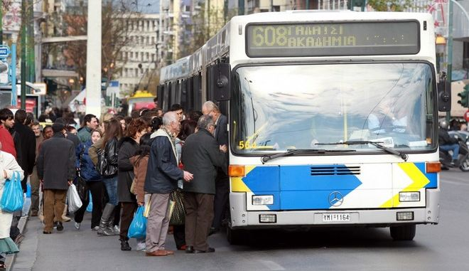 Νέες φθορές σε ακυρωτικά μηχανήματα εισιτηρίων σε δύο λεωφορεία