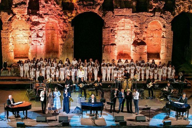 Η κορύφωση της συναυλίας των Γ. Χατζηνάσιου, Μ. Πλέσσα και Γ. Θεοφάνους στο Ηρώδειο