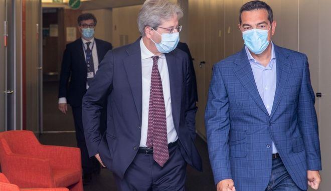 Ο Αλέξης Τσίπρας με τον Πάολο Τζεντιλόνι.
