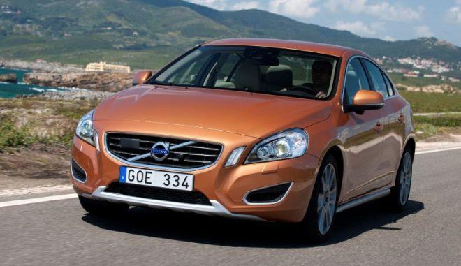 Volvo S60 και V60: diesel ή βενζίνη στην ίδια τιμή