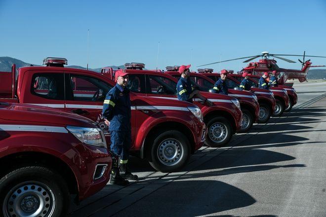 Τελετή παράδοσης 20 πυροσβεστικών οχημάτων, δωρεά της εταιρείας Παπαστράτος στο Πυροσβεστικό Σώμα.