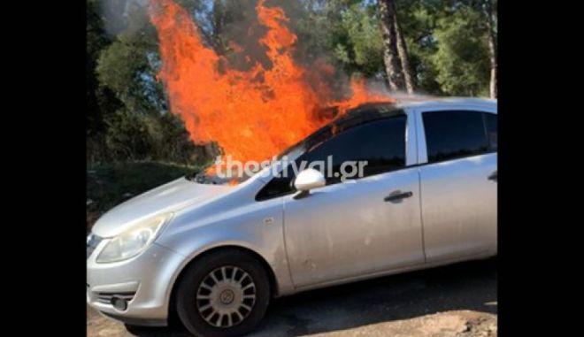 Τραγωδία στη Θεσσαλονίκη - Νεκρός οδηγός από φωτιά σε εν κινήσει αυτοκίνητο