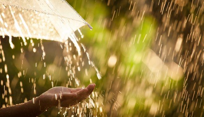Πού οφείλεται η μυρωδιά της βροχής