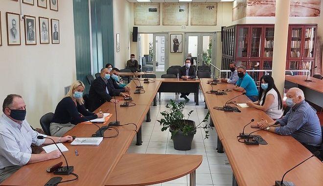 Σύσκεψη στη Χίο για τα κρούσματα στο ΚΥΤ της ΒΙΑΛ
