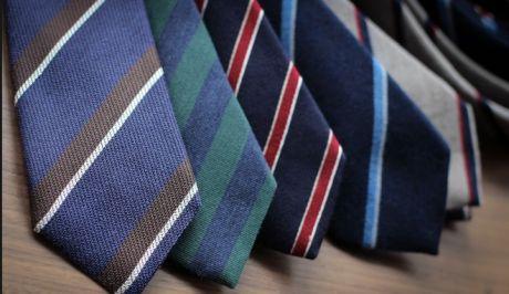Θα πληρώσουμε 147.600€ για γραβάτες και φουλάρια για την ελληνική προεδρία!